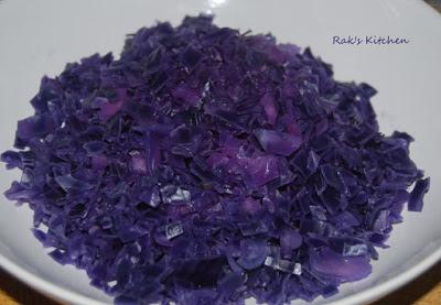Purple cabbage poriyal step 1
