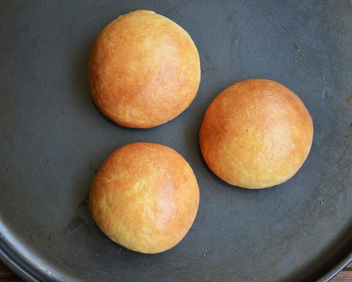 Pizza bun ready