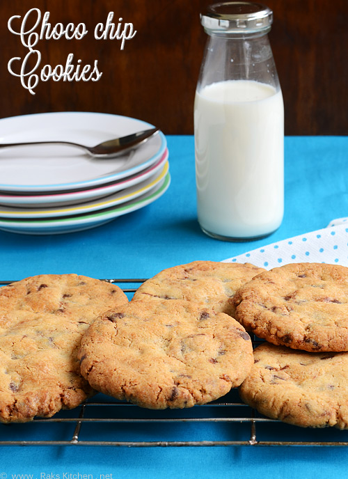 choco-chip-cookies-eggless